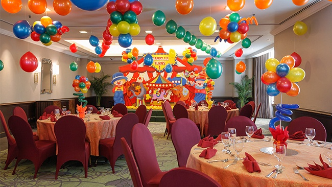 Parties Luxury Hotels In Manila Diamond Hotel